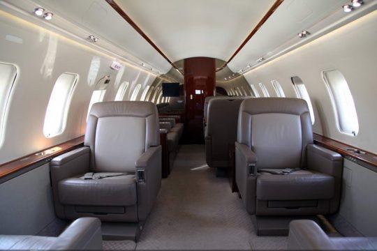 CL605_interior5-1