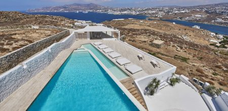 Villas in Mykonos, New Covid-19 measures between Easter and the Summer holidays