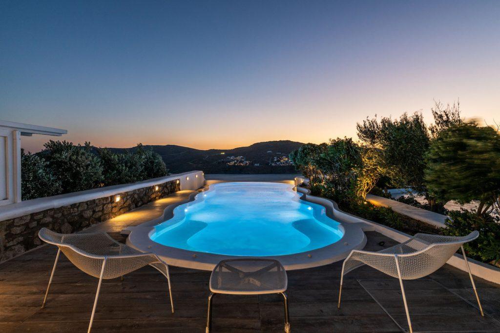 Mykonos-Luxury-Villa-Agapi17
