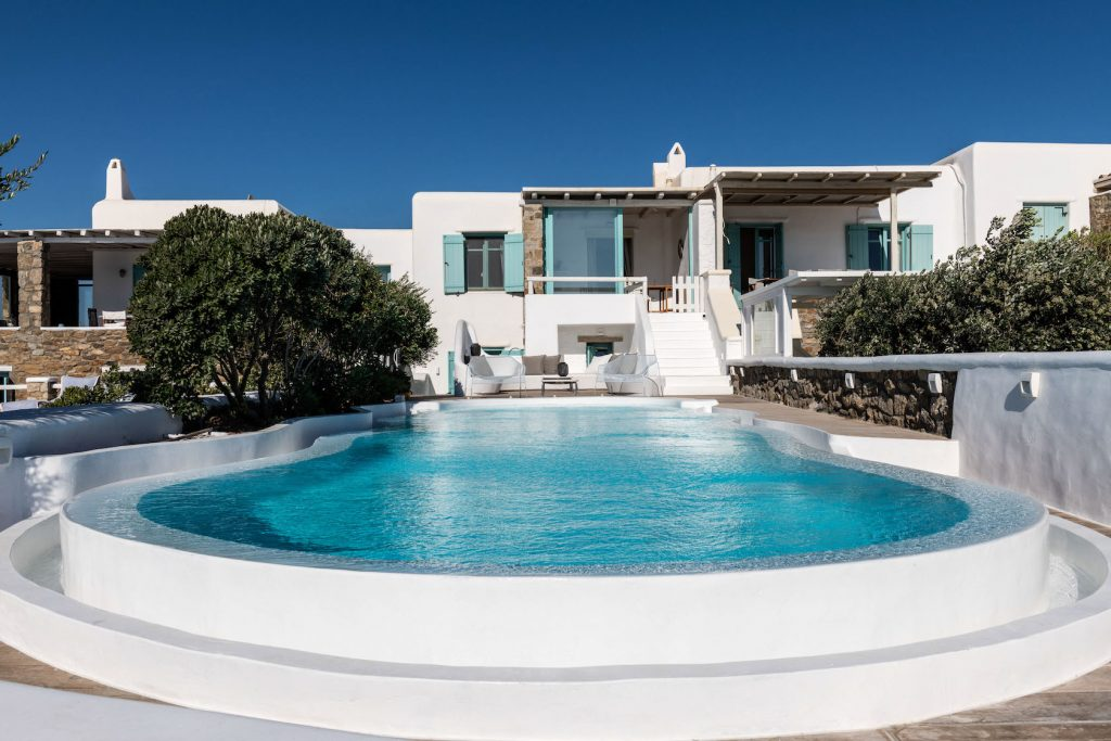 Mykonos-Luxury-Villa-Agapi4