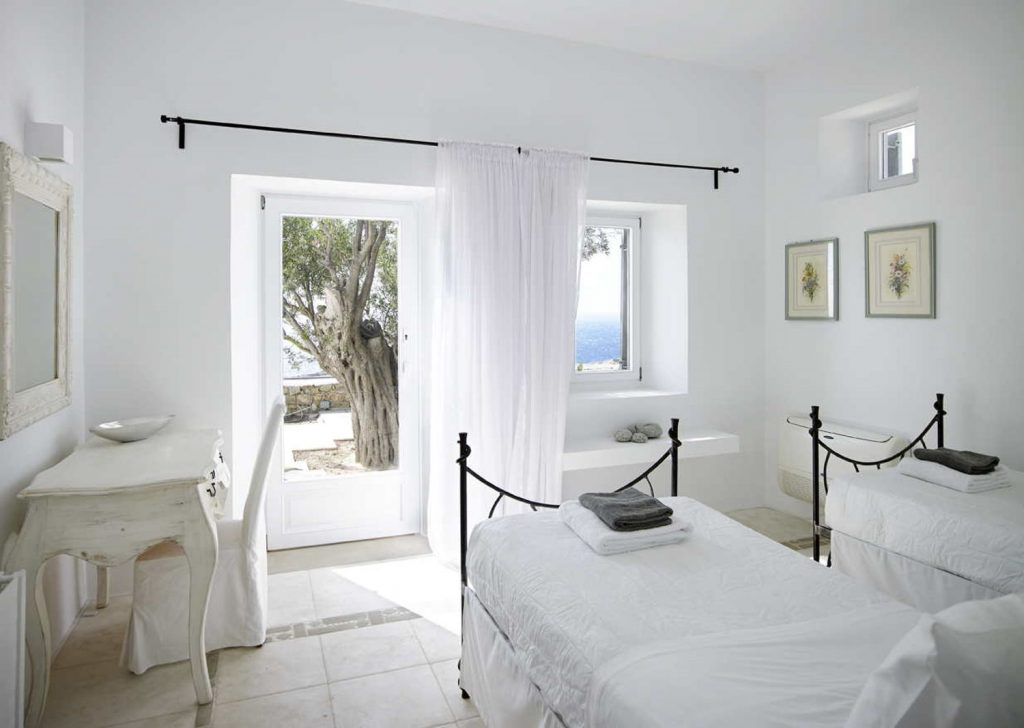 mykonos-luxury-villa-anais- estate-034
