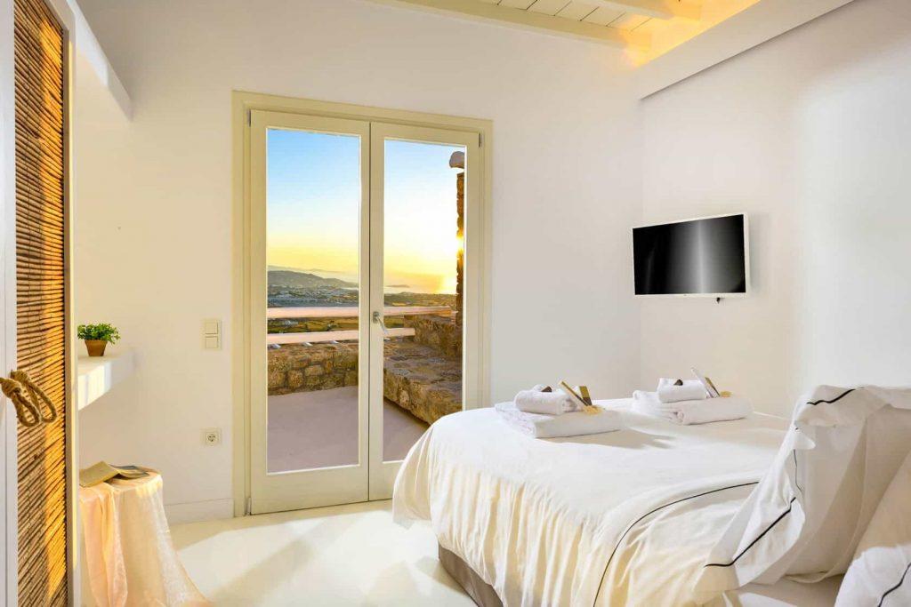 Mykonos luxury villa Athina11