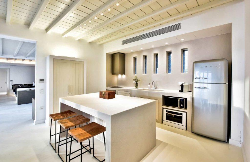 Mykonos luxury villa Athina24