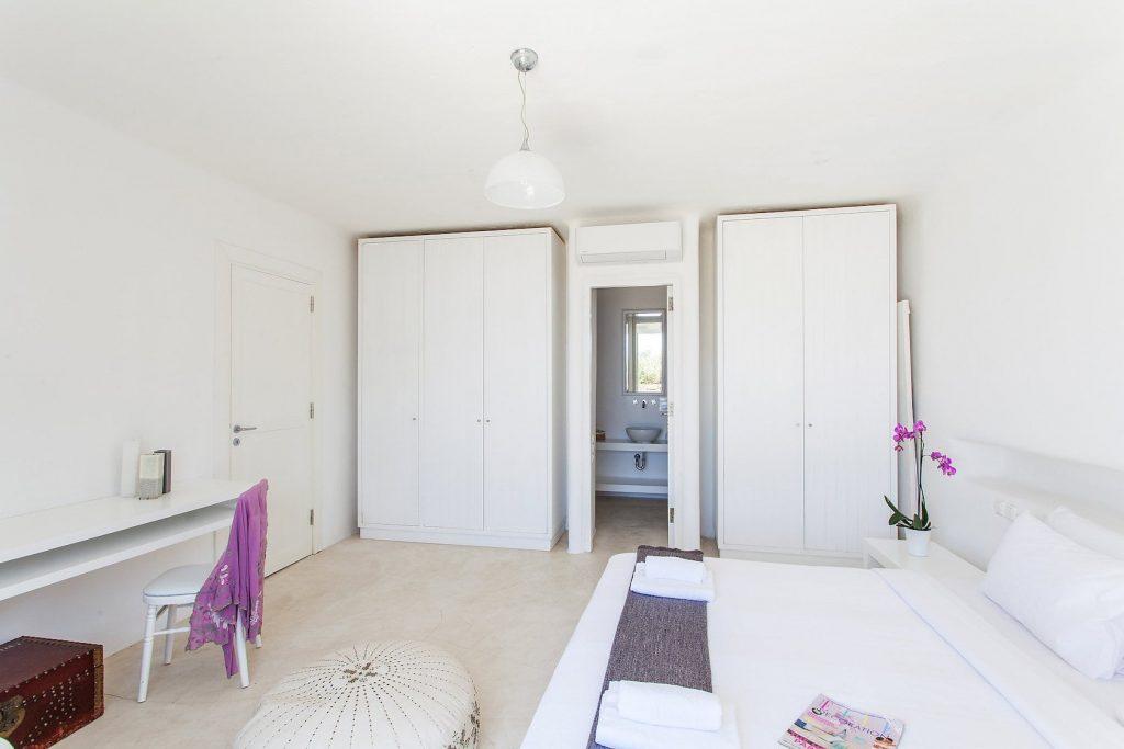 Mykonos-Luxury-Villa-Coral10