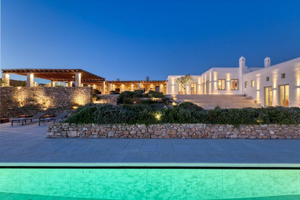 Mykonos Luxury Daphne Villa12