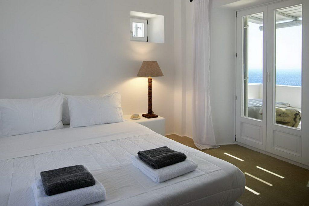 mykonos-luxury-villa-delia-010