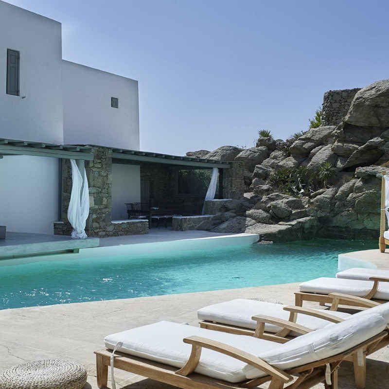 Anais Estate