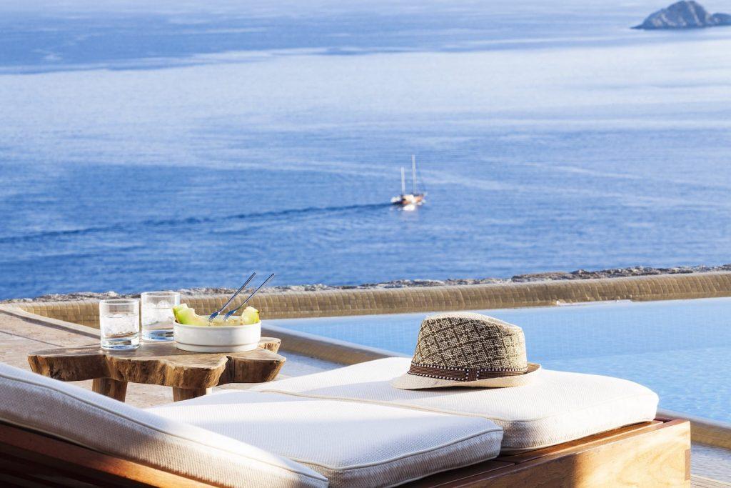 Mykonos-Luxury-Villa-Elpida10