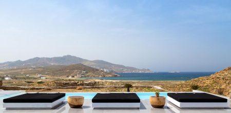 Οικονομικές διακοπές σε βίλες στη Μύκονο τον Ιούλιο.  Παρατείνονται οι προσφορές Ιουνίου Ι Mykonos Luxury