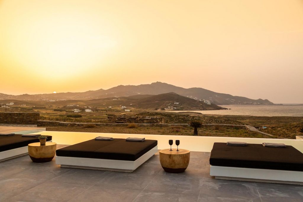 Mykonos Luxury Villa Ftelia Black I2