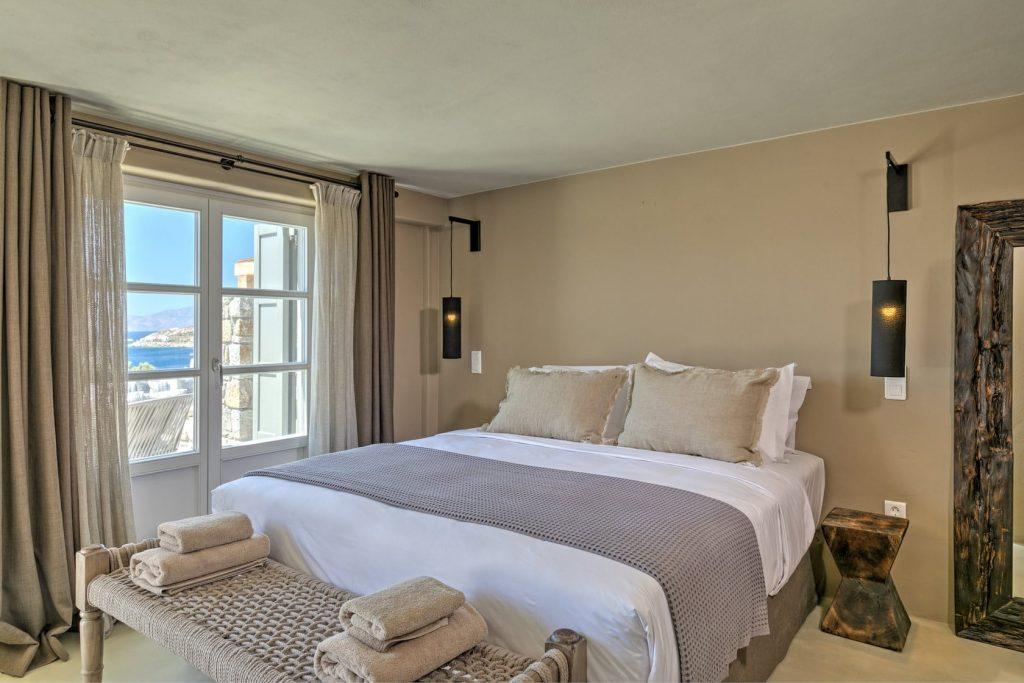 Mykonos Luxury Villa Hera43