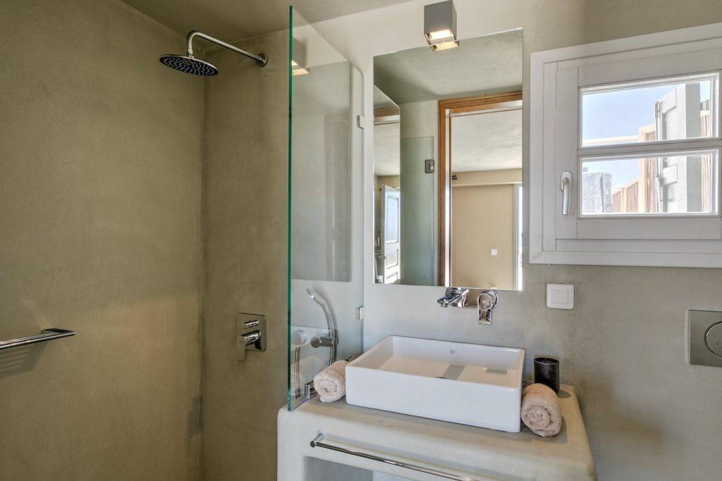 Mykonos Luxury Villa Hera44