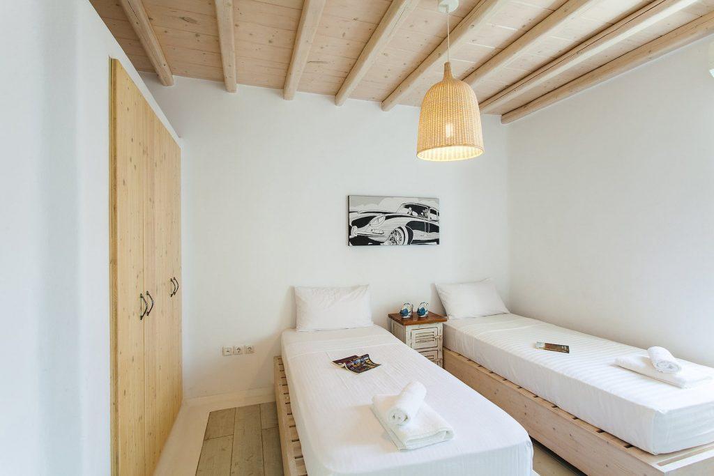 Mykonos-Luxury-Villa-Jasper4