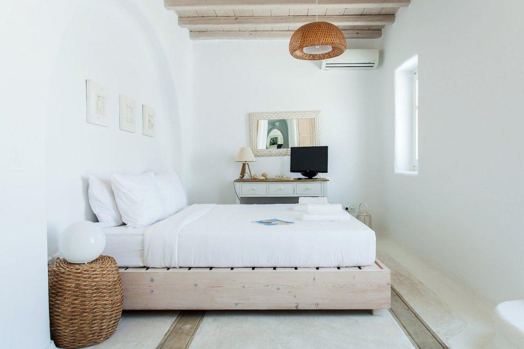 Mykonos-Luxury-Villa-Jasper9