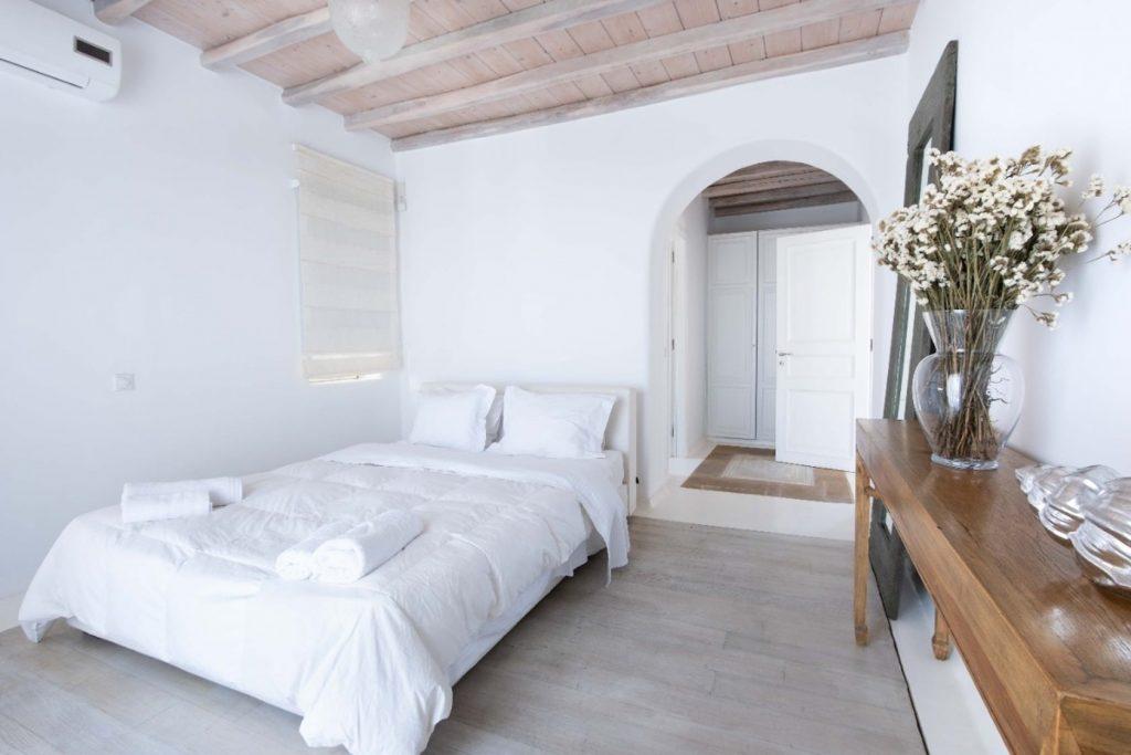 Mykonos-Luxury-Villa-Lala18