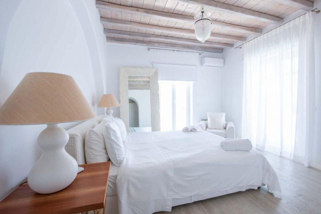 Mykonos-Luxury-Villa-Lala2