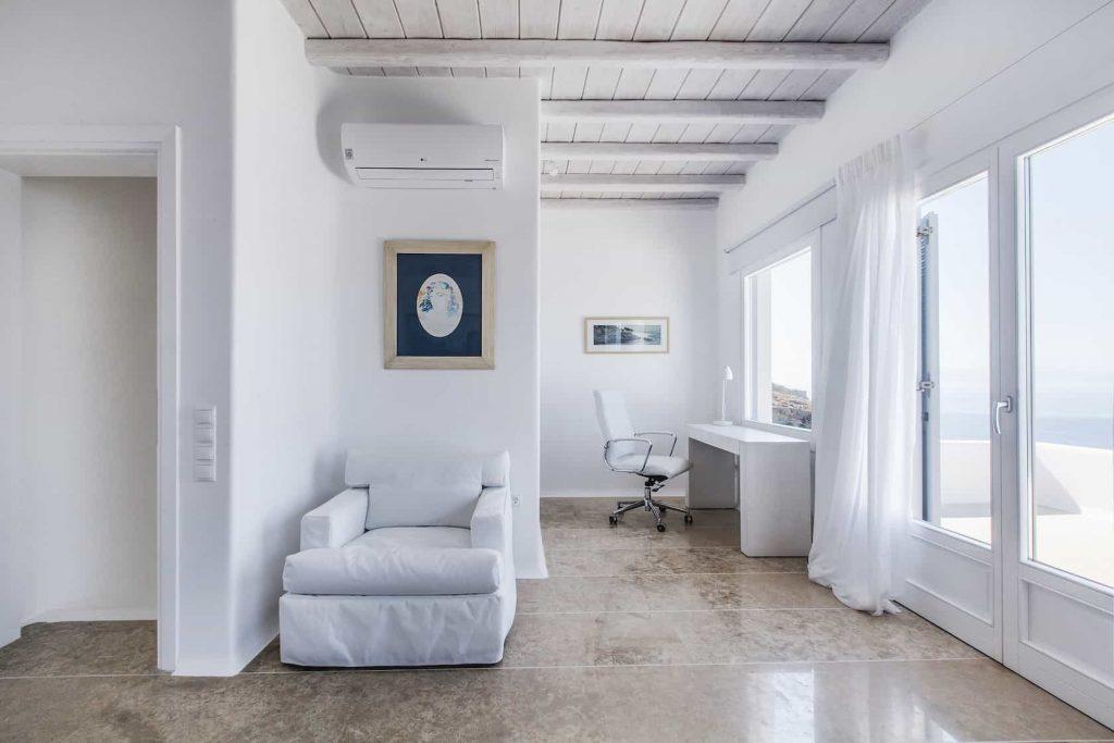 Mykonos luxury villa Lazaros24