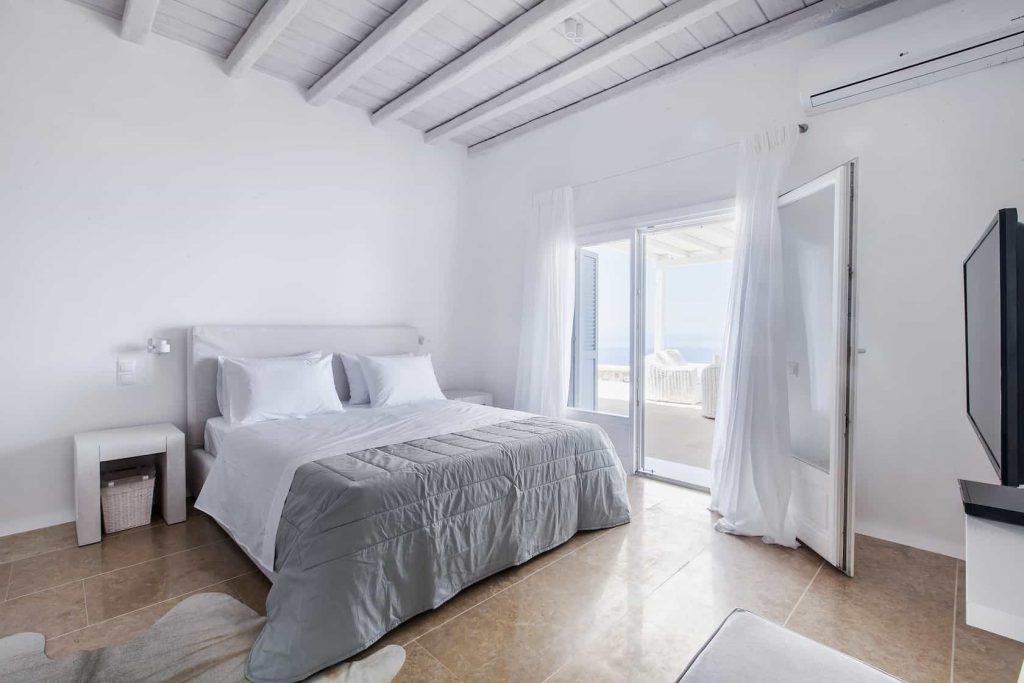 Mykonos luxury villa Lazaros27