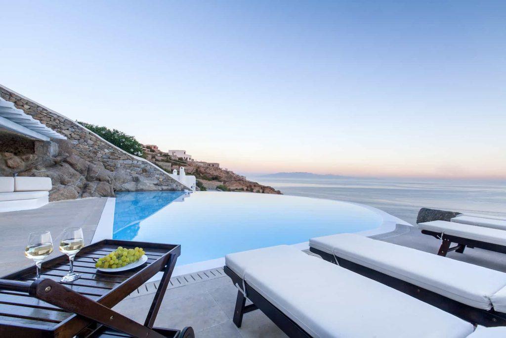 Mykonos luxury villa Lazaros3