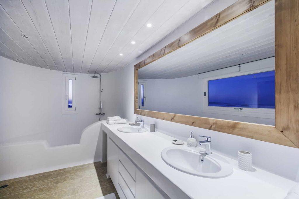 Mykonos luxury villa Lazaros36
