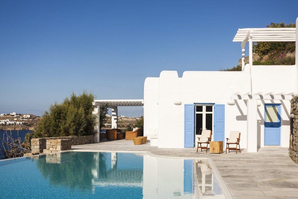 Mykonos-Luxury-Villa-Lois1
