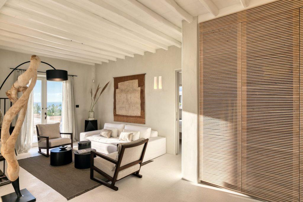 Mykonos-Luxury-Villa-Luisa1