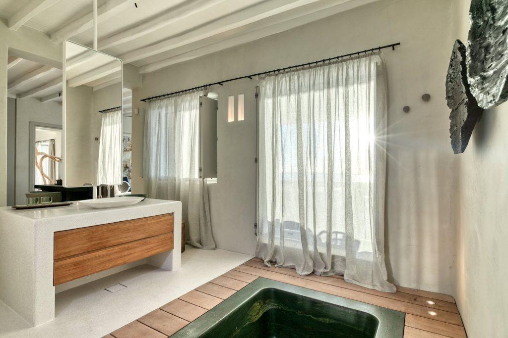 Mykonos-Luxury-Villa-Luisa28