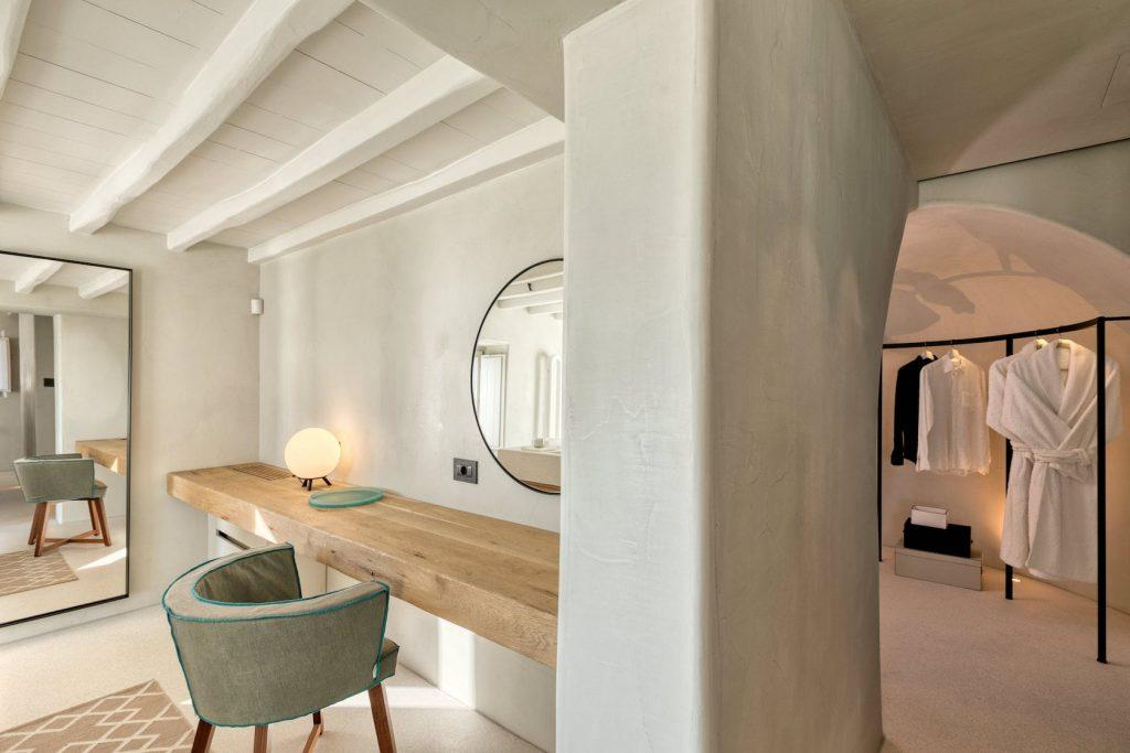 Mykonos-Luxury-Villa-Luisa32