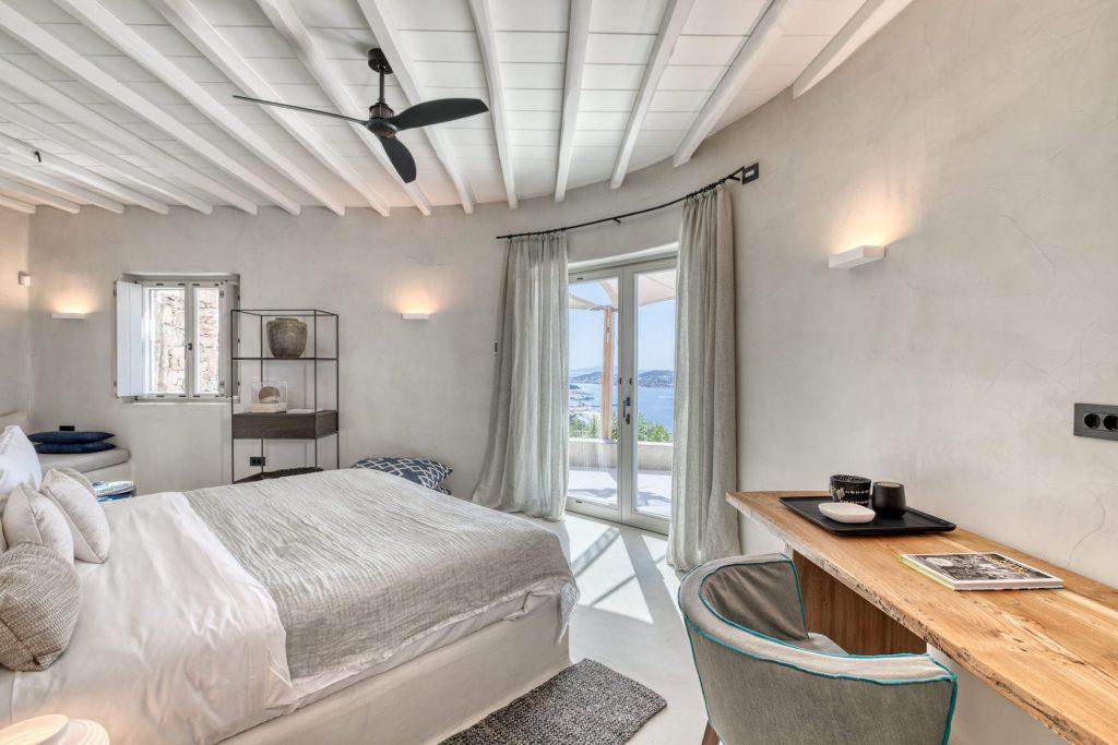 Mykonos-Luxury-Villa-Luisa54