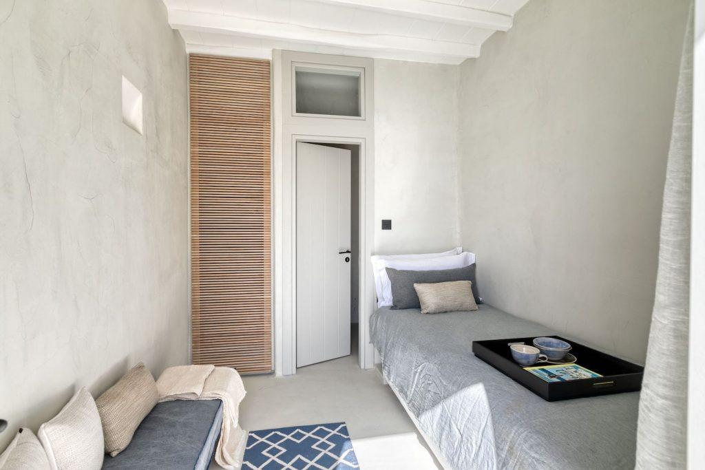 Mykonos-Luxury-Villa-Luisa57