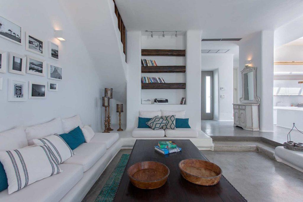 Mykonos luxury villa Luna10