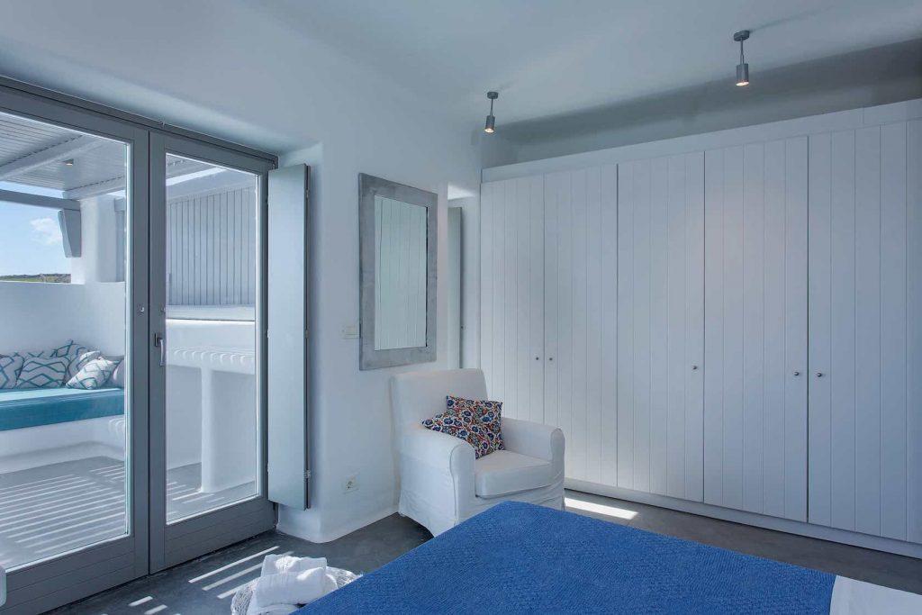 Mykonos luxury villa Luna21