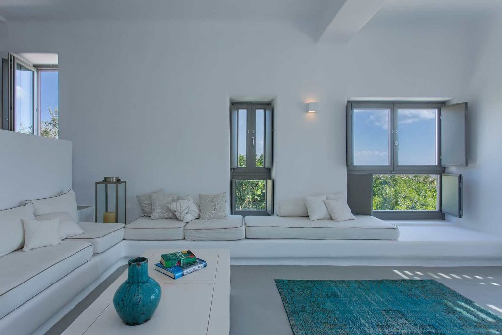 Mykonos luxury villa Luna24