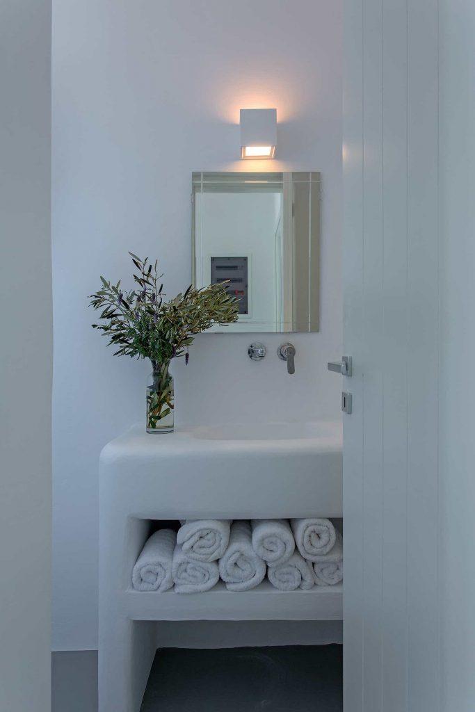 Mykonos luxury villa Luna27
