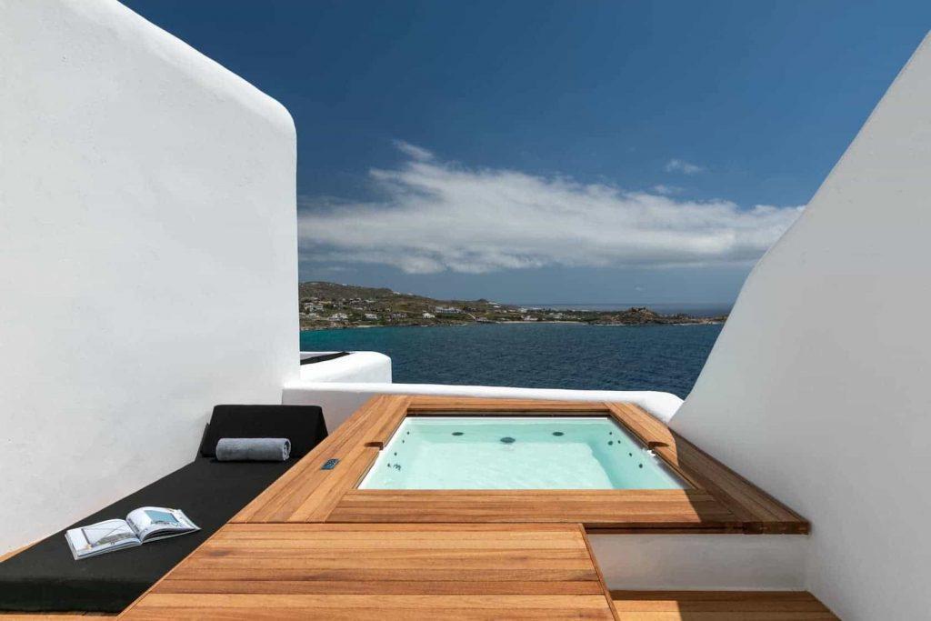 mykonos-luxury-villa-madeline-003