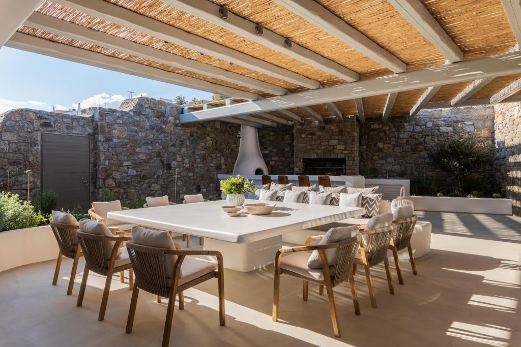 Mykonos-Luxury-Villa-Martini1