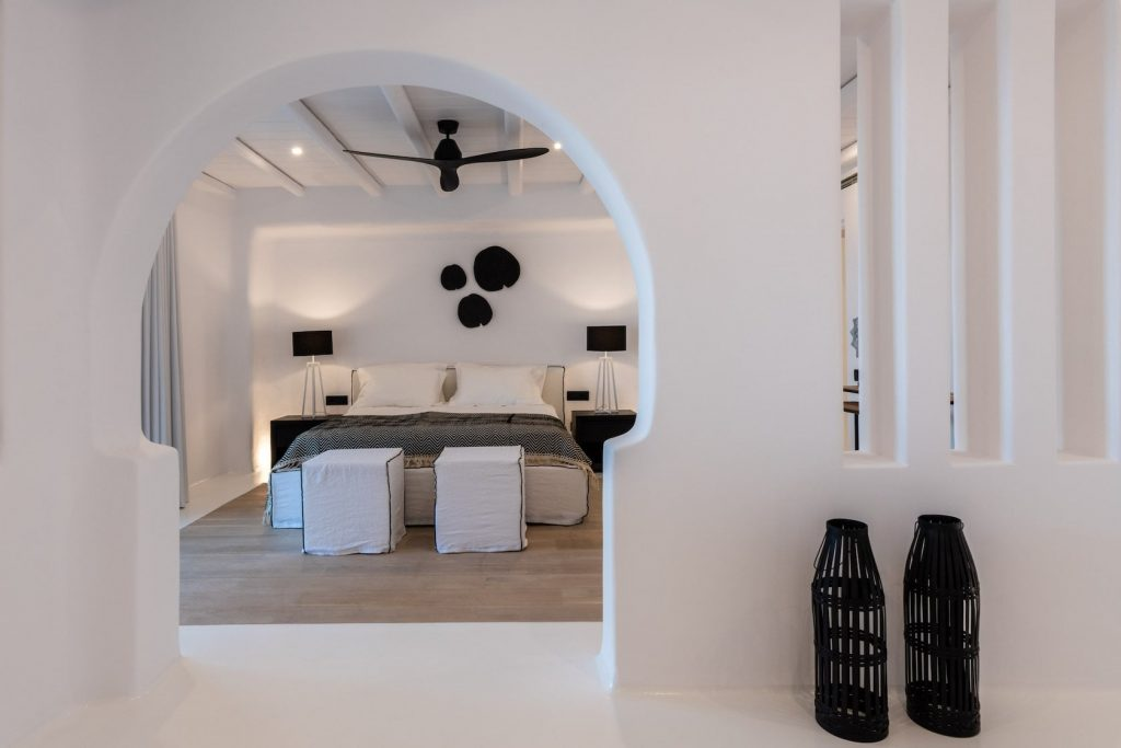 Mykonos-Luxury-Villa-Martini43