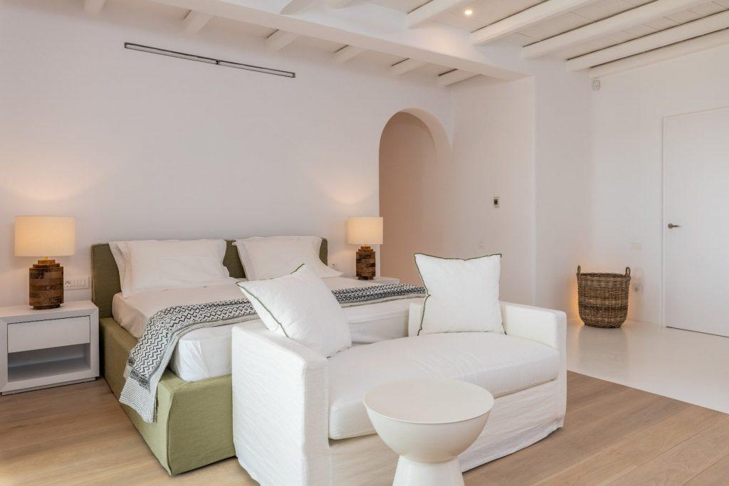 Mykonos-Luxury-Villa-Miraval29