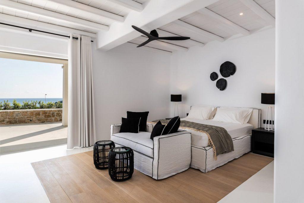Mykonos-Luxury-Villa-Miraval32