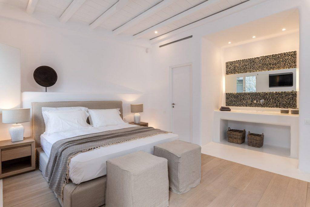 Mykonos-Luxury-Villa-Miraval55
