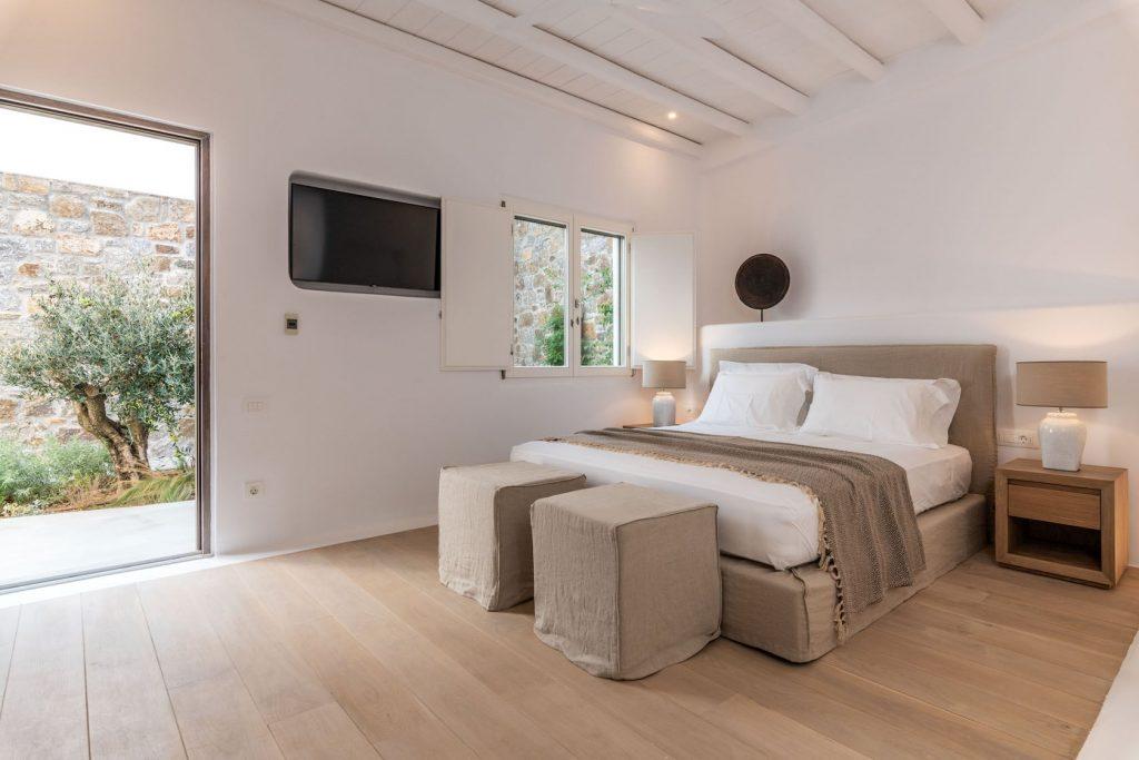 Mykonos-Luxury-Villa-Miraval57
