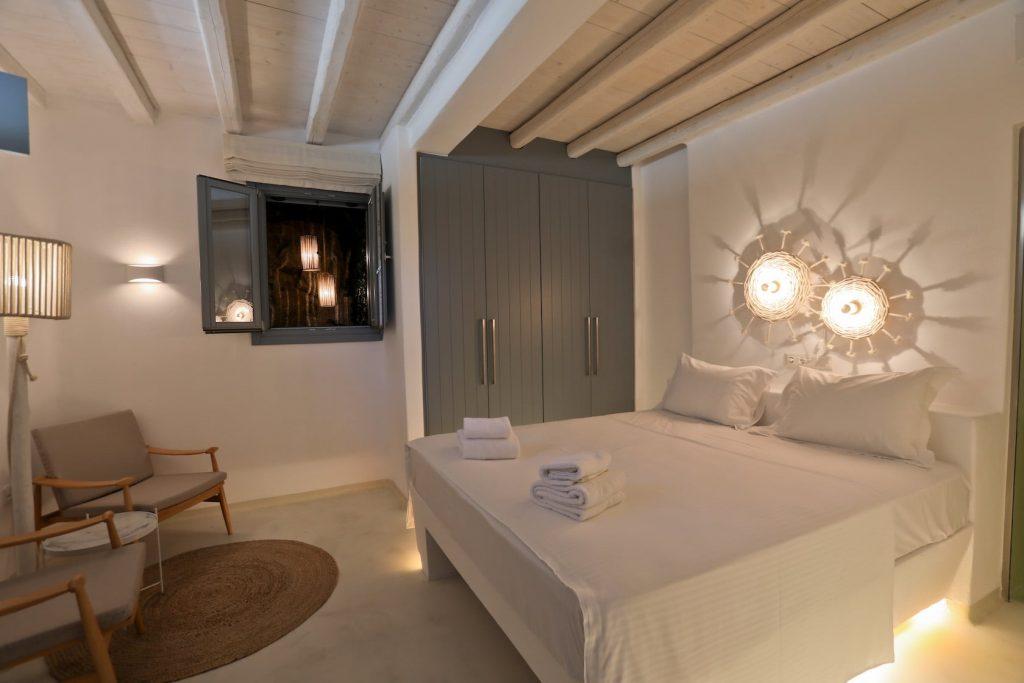 Mykonos-Luxury-Villa-Moonflower12