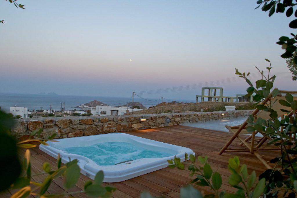 Mykonos-Luxury-Villa-Moonflower2