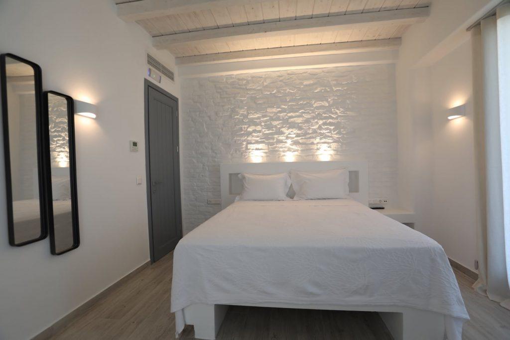 Mykonos-Luxury-Villa-Moonflower6