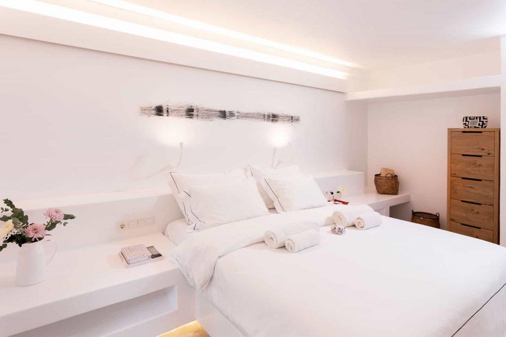 Mykonos luxury villa Neli1