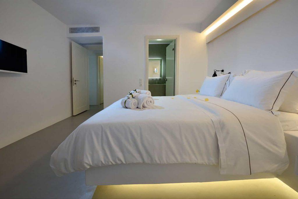 Mykonos luxury villa Neli21