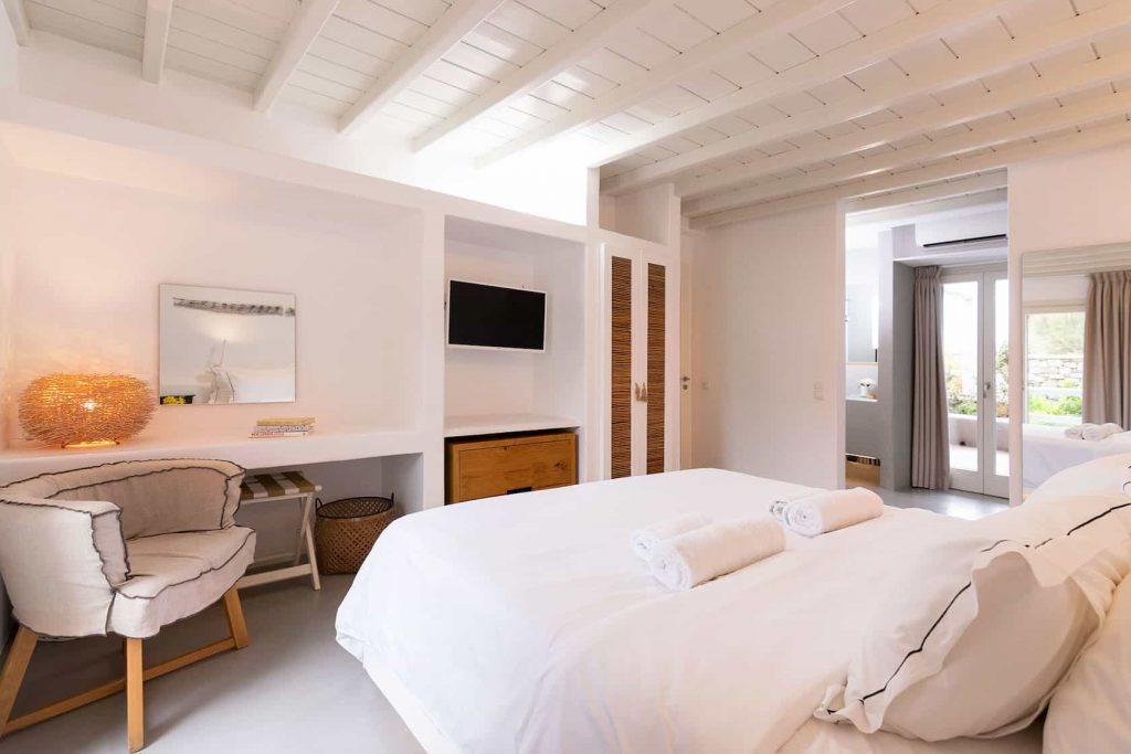 Mykonos luxury villa Neli4