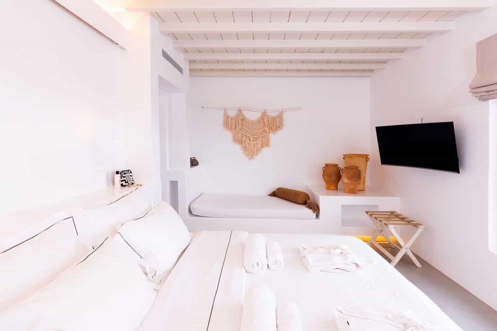 Mykonos luxury villa Neli5