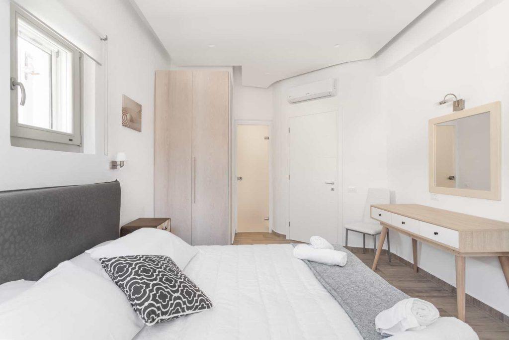 Mykonos luxury villa Panamera11