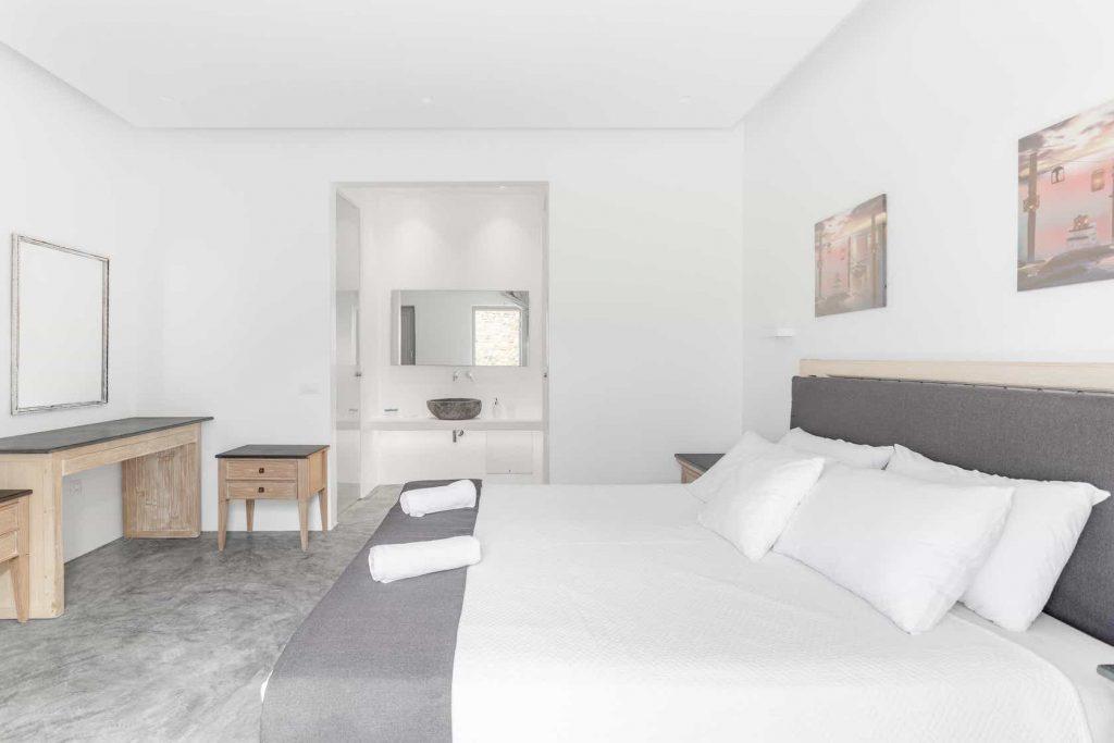 Mykonos luxury villa Panamera21